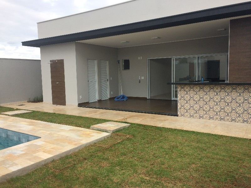 Casas-CONDOMÍNIO DAMHA-foto100400