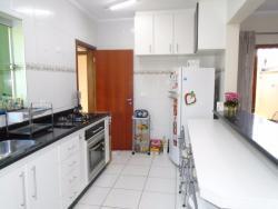 Casas-CONDOMÍNIO SANTA LAURA-foto105523