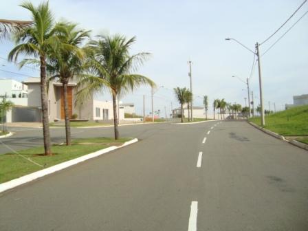 Terrenos e Chácaras-CONDOMÍNIO RESERVA DO ENGENHO-foto108502