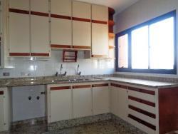 Apartamentos-ED. IPUAÇU-foto132072
