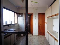 Apartamentos-ED. IPUAÇU-foto132073