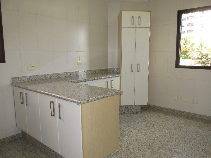 Apartamentos-ED. LYGIA N. GUIDOTTI ALVES-foto134026