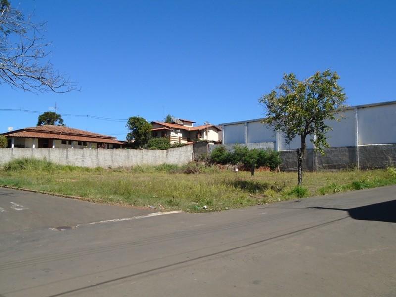 Terrenos e Chácaras-TERRENO RIO DAS PEDRAS-foto135333