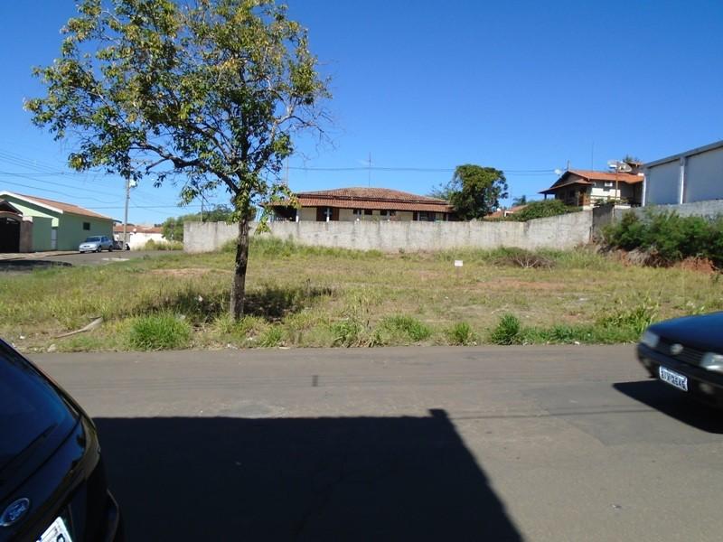 Terrenos e Chácaras-TERRENO RIO DAS PEDRAS-foto135335