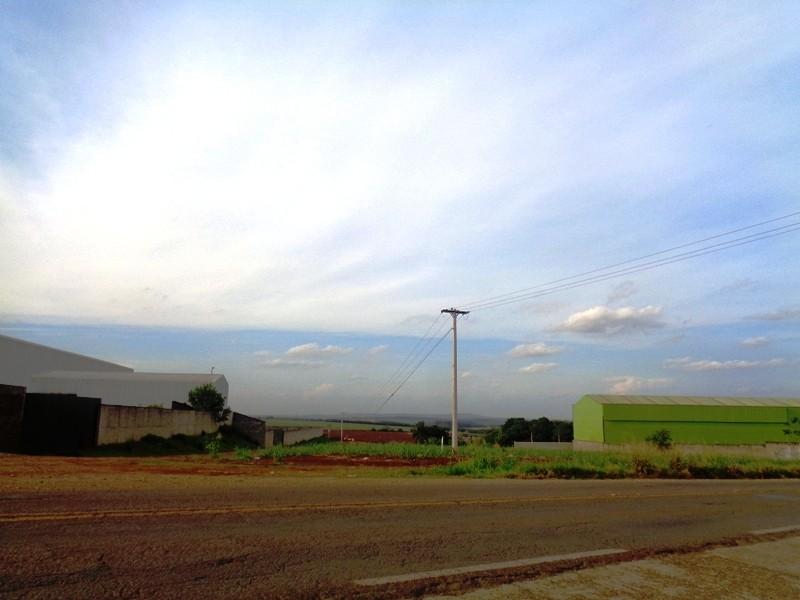 Terrenos e Chácaras-ÁREA RODOVIA PIRACICABA/TUPI-foto139032