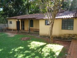 Casas-AV. LARANJAL PAULISTA-foto170188