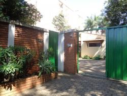Casas-AV. LARANJAL PAULISTA-foto170206
