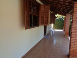 Casas-AV. LARANJAL PAULISTA-foto170211
